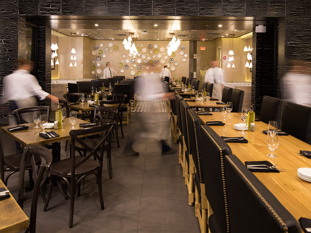 Group Dining Options At Vivo Italian Kitchen Citywalk